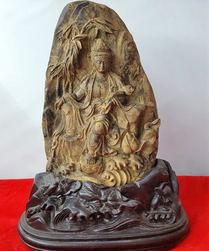Phật ngồi dưới cành trúc C250