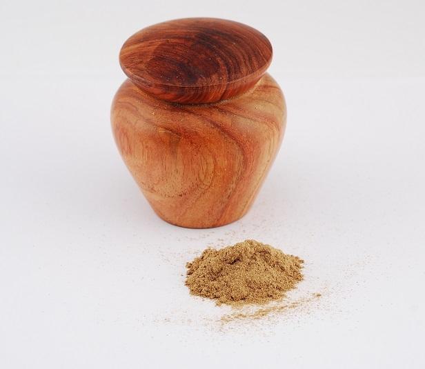 Bột trầm lọ gỗ 10g