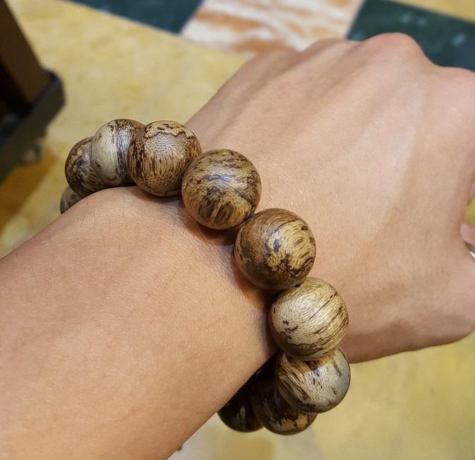 Vòng tay tốc quầng Campuchia